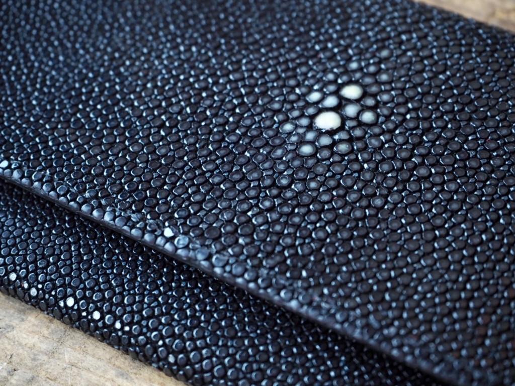 (フルオーダーメイド)エイ革の薄型お札長財布