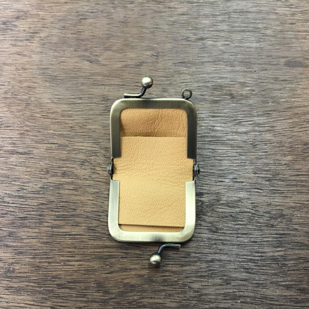 (定番商品)ミニがま口の指輪ケース(内側)