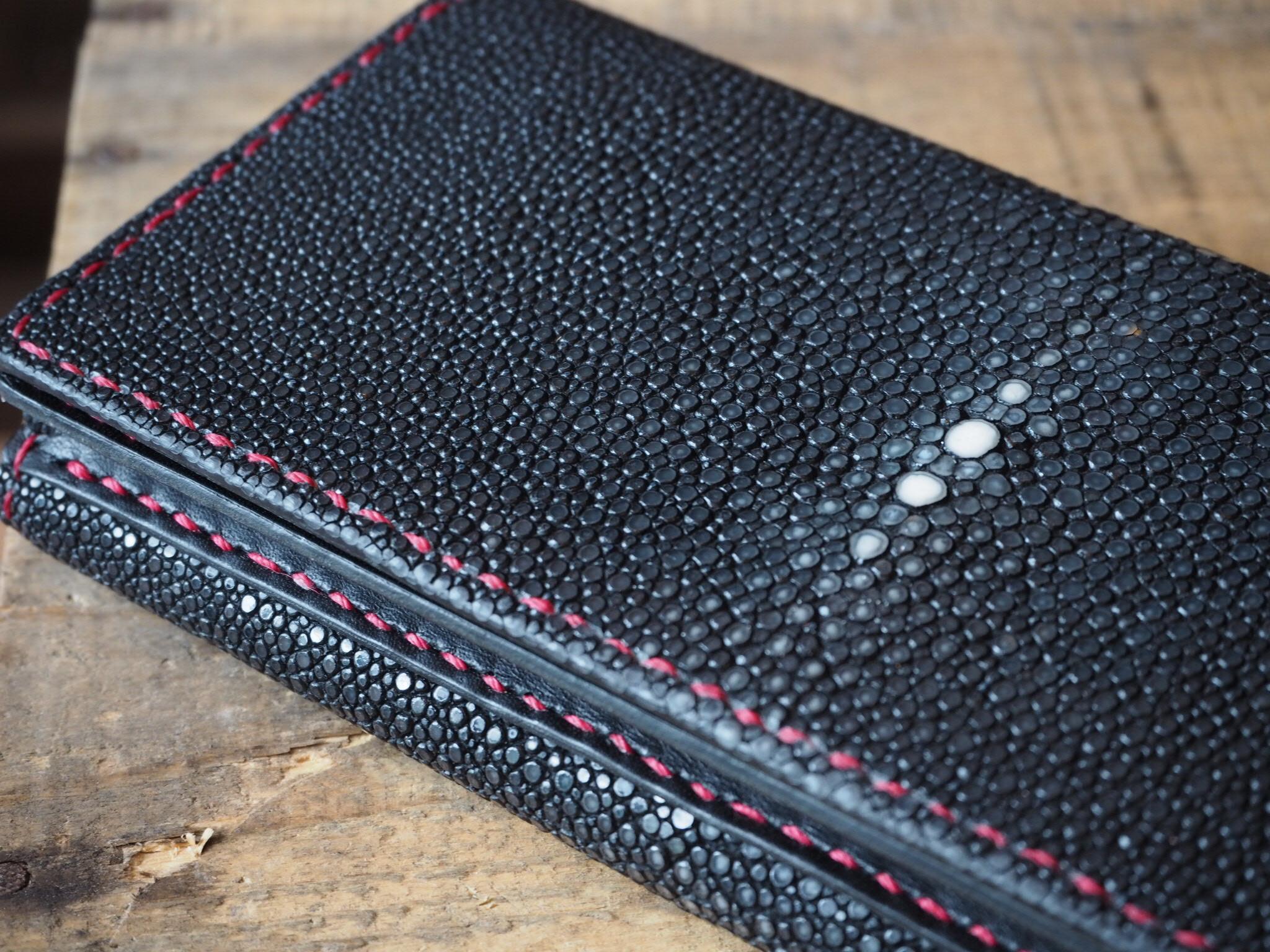 特別仕様 エイ革の長財布