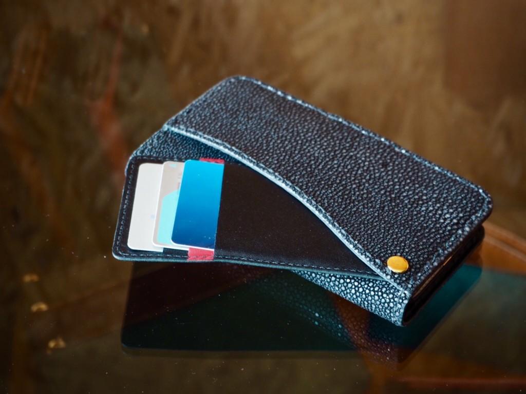 エイ革iphoneケース カード収納
