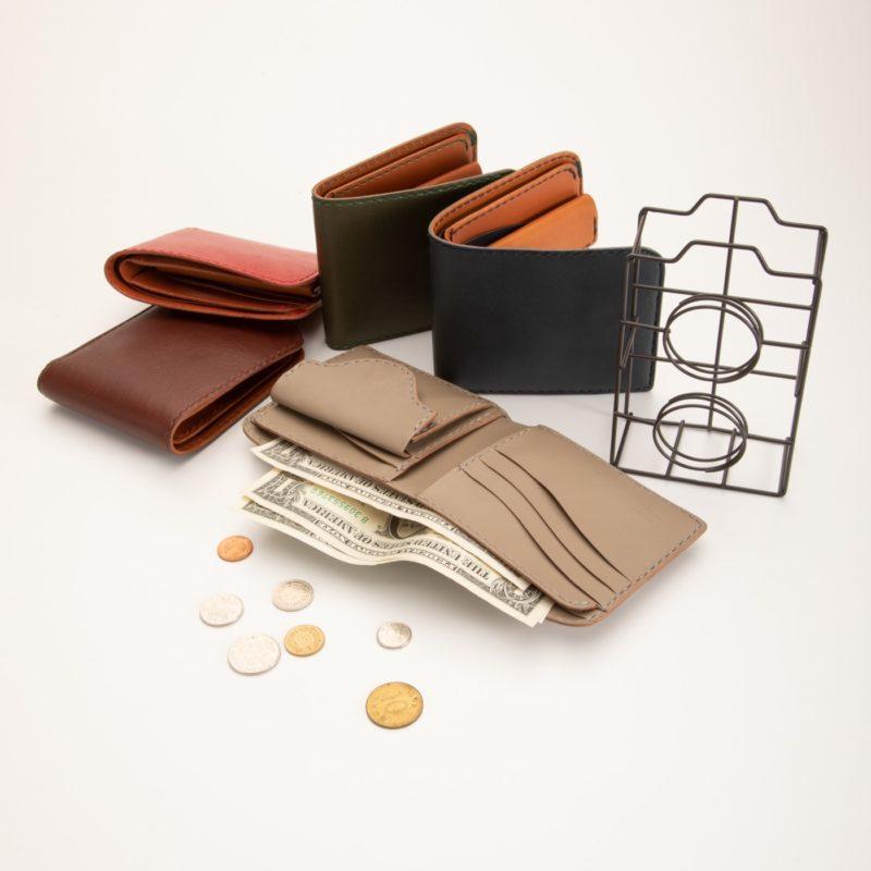 二つ折り財布 カラー