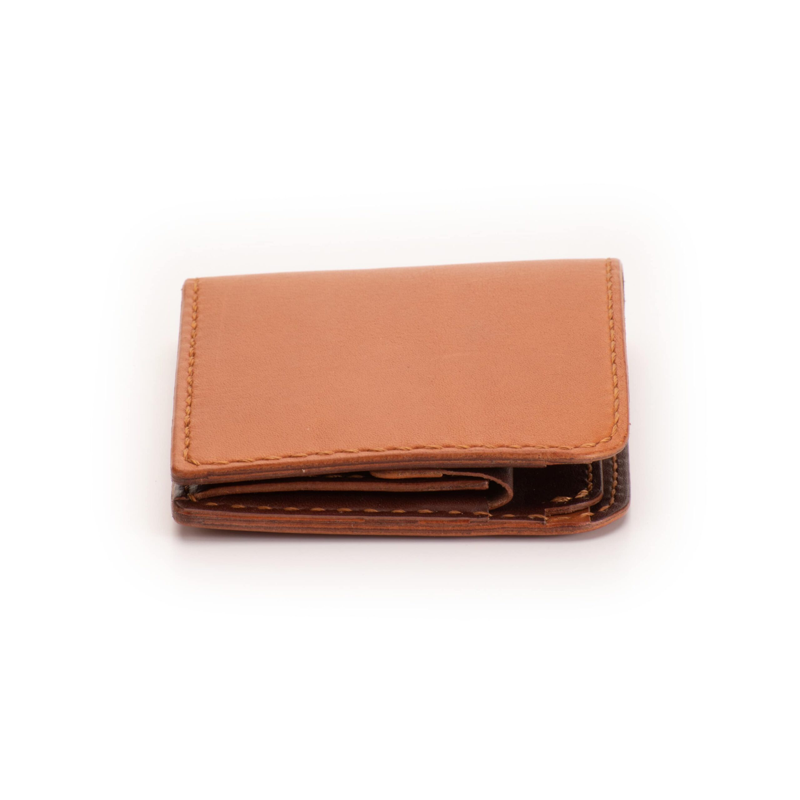 二つ折り財布 むくり